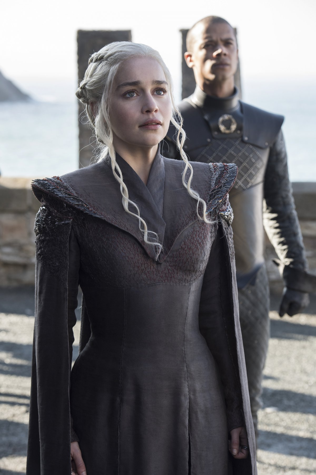 next-we-see-another-view-of-daenerys-and-grey-worm-arriving-at-dragonstone--an-ancient-targaryen-stronghold-previously-occupied-by-stannis-baratheon
