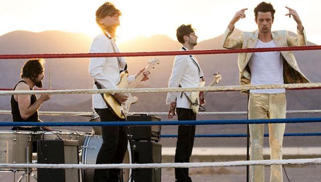 imagen The Killers promueve la pelea de Mayweather y McGregor en el segundo video de 'The Man'