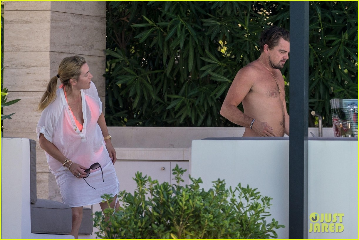 leo-dicaprio-goes-shirtless-on-vacation-with-kate-winslet-08