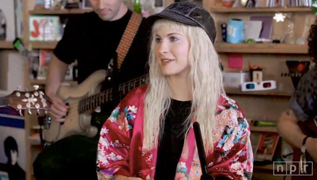 imagen La íntima presentación de Paramore en el Tiny Desk de NPR