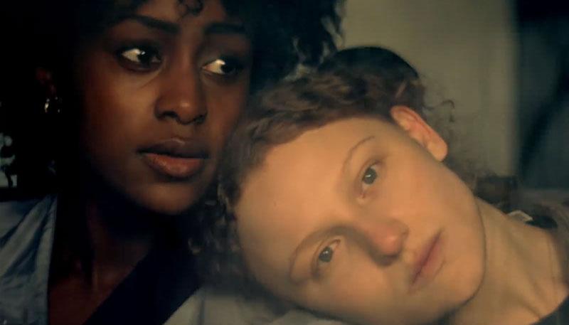 Tráiler de 'Kiss Me First', la nueva serie de Netflix que