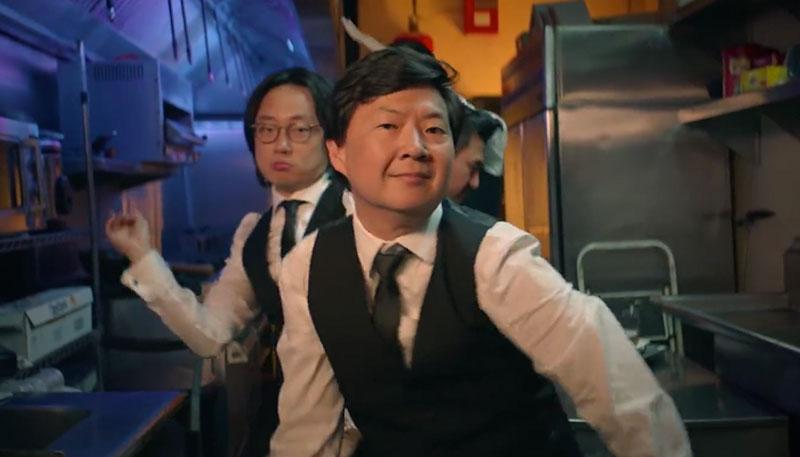 Steve Aoki lanza video de 'Waste It On Me', su colaboración